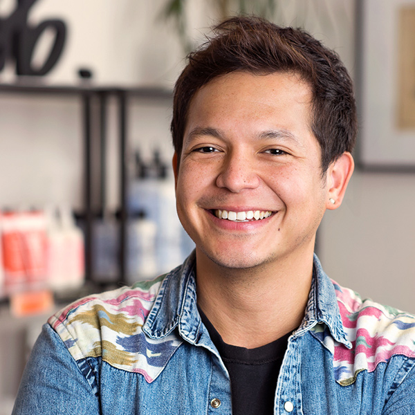 Freddie Flores